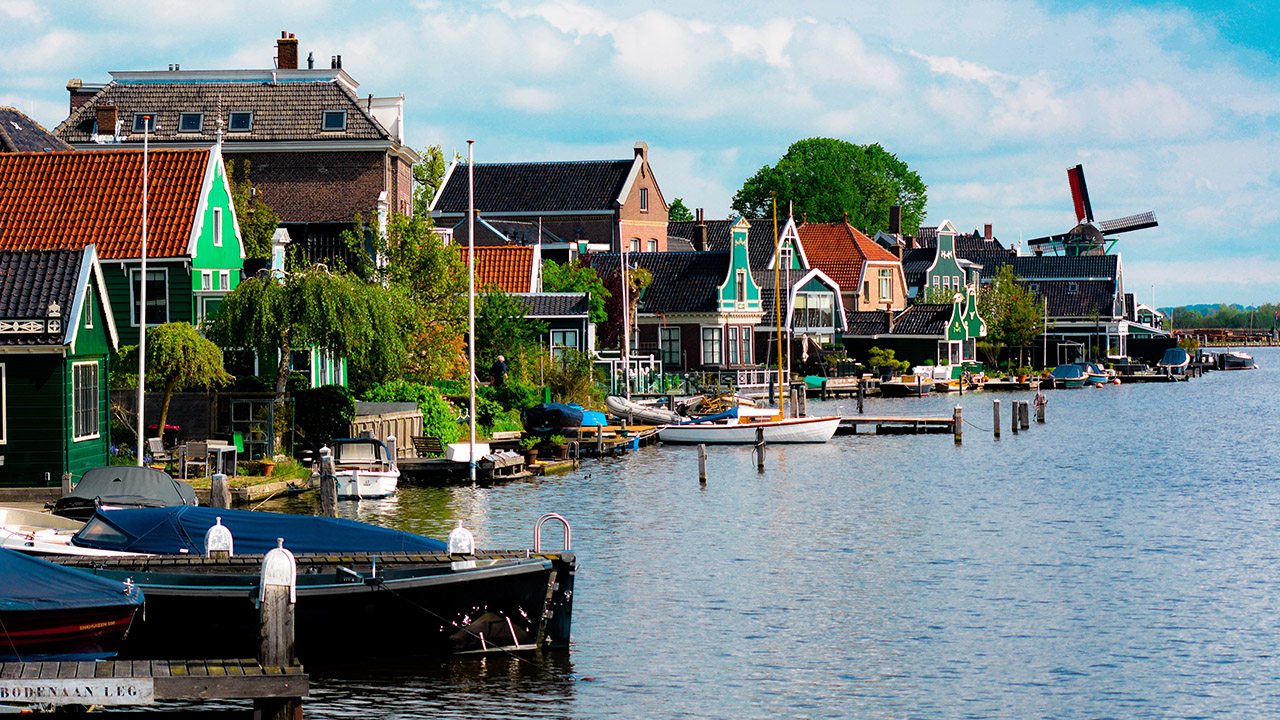 Holland Tour Day Trip with guide!