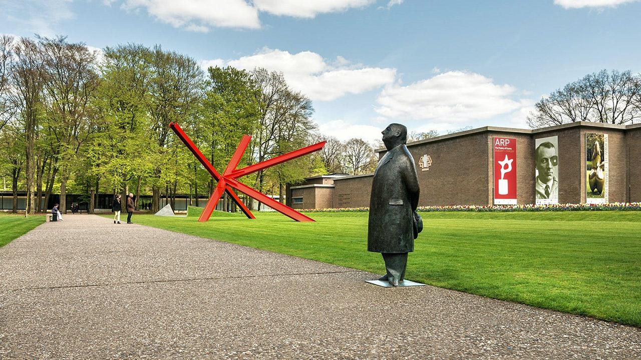 Kröller-Müller Museum – St. Hubertuspark Hoge Veluwe Tour