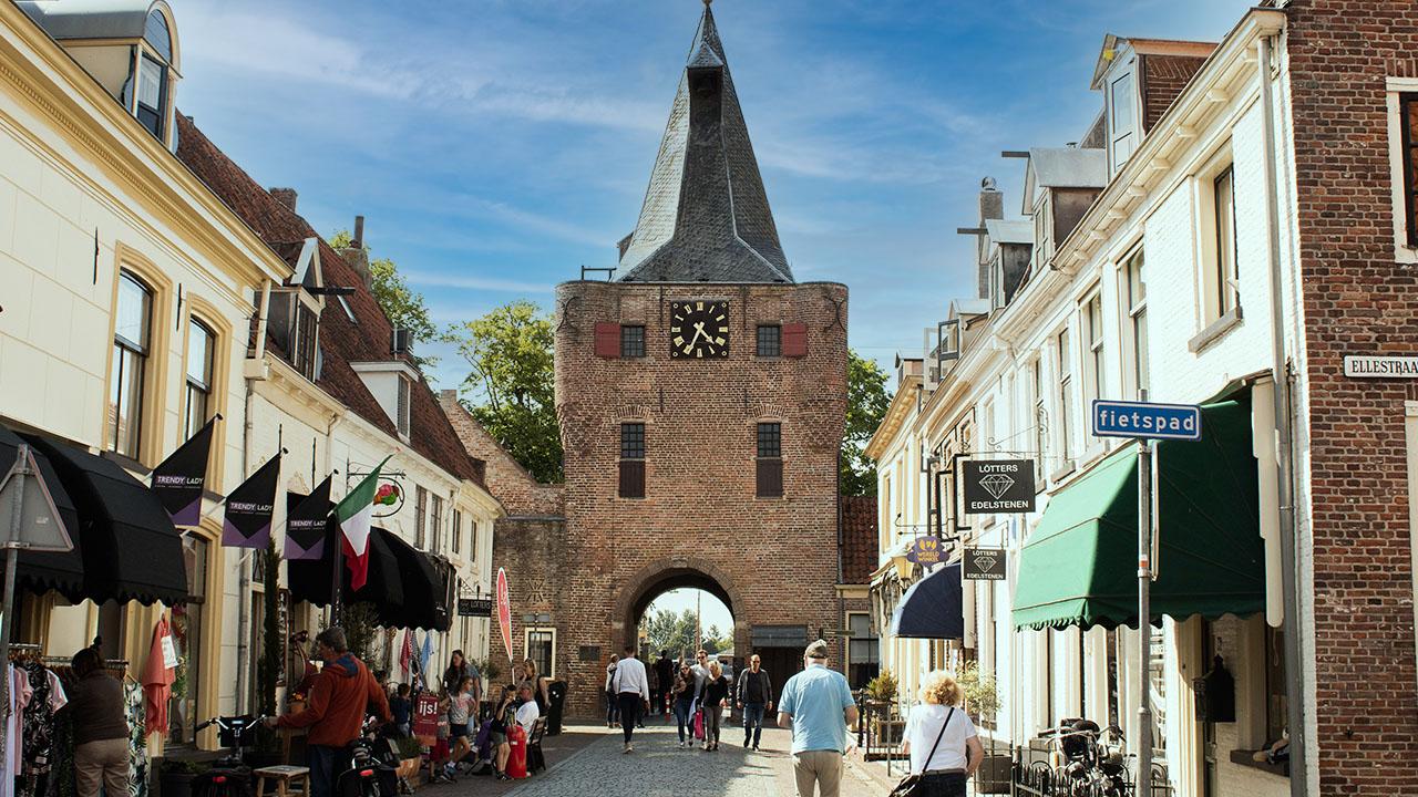 Giethoorn via Elburg Tour